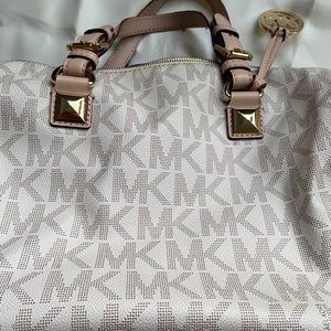 Michael Kors Handbag 👜 Large Size